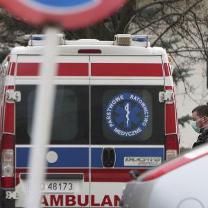 """""""Настя вранці не прокинулася"""": померла молода українка, яка після ДТП з автобусом у Польщі два місяці боролася за життя"""
