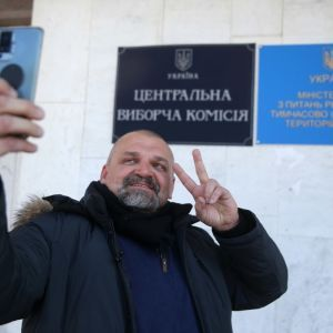 ЦИК зарегистрировал Вирастюка народным депутатом, осталось принести присягу