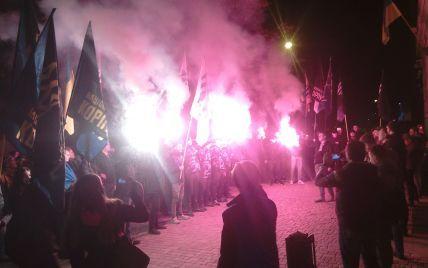 """Слідом за Києвом у Львові, Харкові та Маріуполі люди вийшли на протести проти """"формули Штайнмаєра"""""""