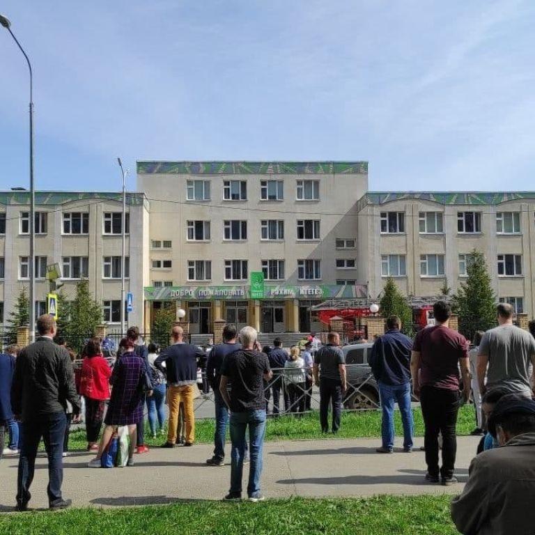 В Казані двоє підлітків влаштували стрілянину в школі, є загиблі та поранені - ЗМІ