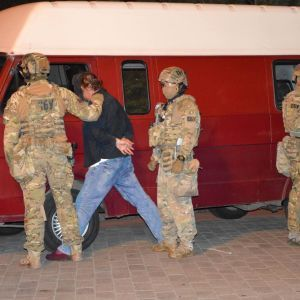 Луцкому террористу Максиму Кривошу объявили подозрение по четырем статьям
