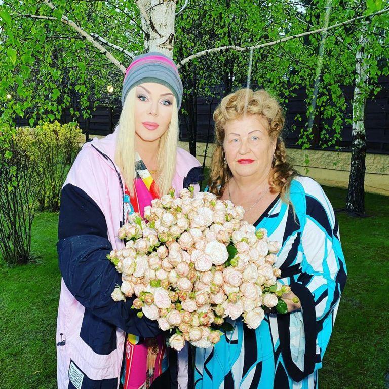 Реакция звезд на смерть мамы Ирины Билык: Падалко, Никитюк и Бужинская поддержали певицу