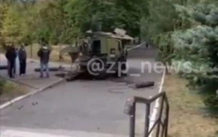 У Запоріжжі у авто вибухнув балон із киснем (відео)