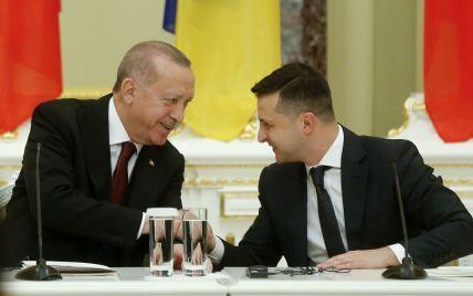 Президент Туреччини подякував Україні за допомогу в боротьбі злісовими пожежами
