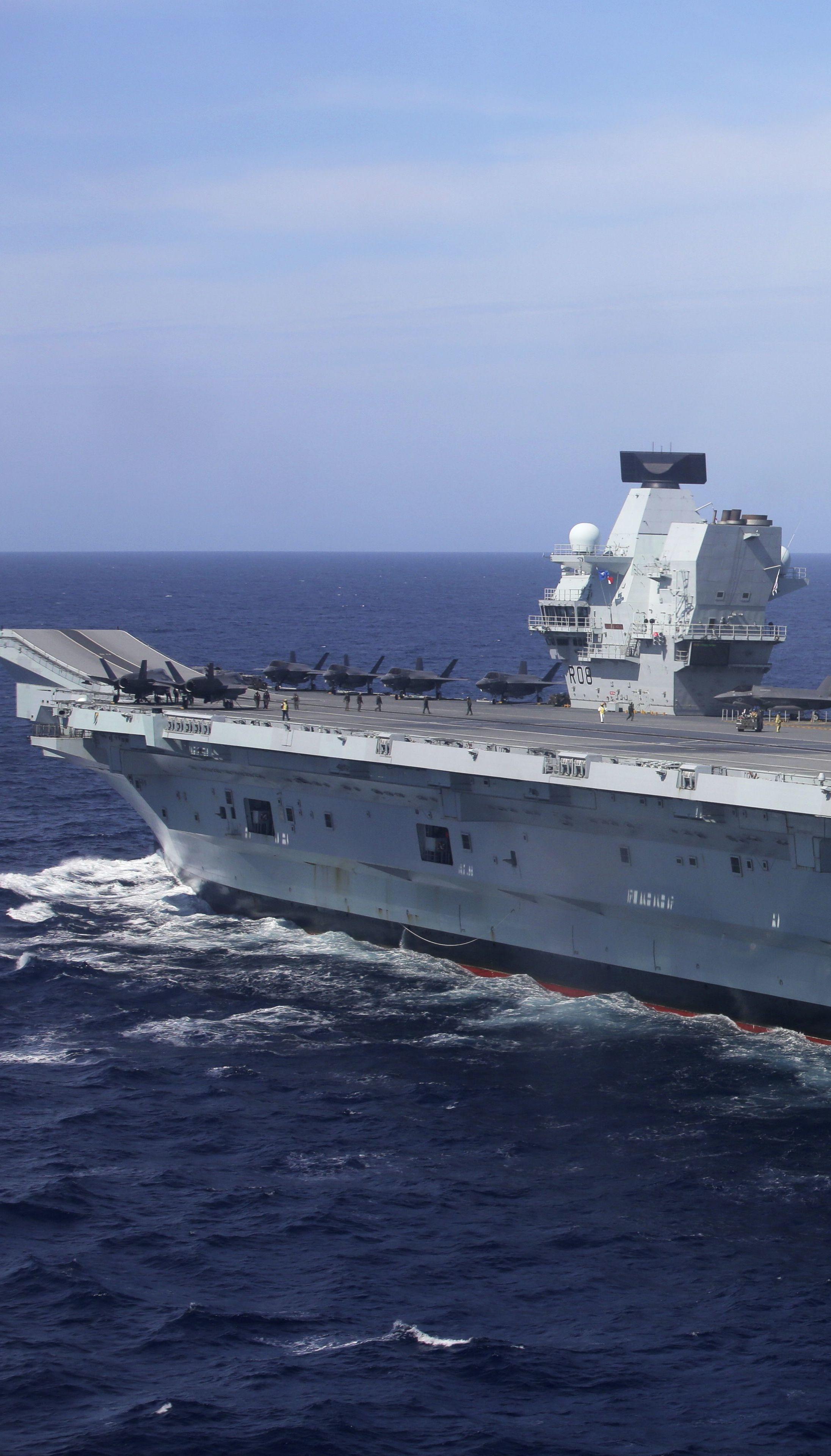 На борту британського авіаносця спалах COVID: члени екіпажу були вакциновані