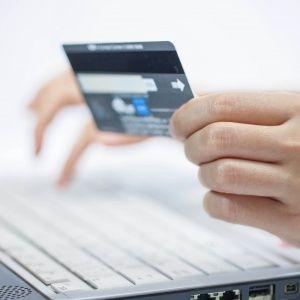 Покупка і продаж через Інтернет: які найпоширеніші схеми шахрайства і як не стати жертвою