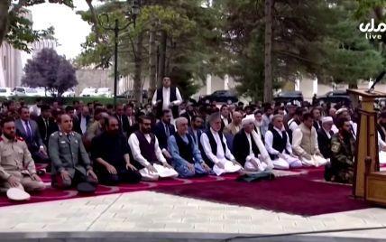 В Афганістані обстріляли ракетами президентський палац: відео