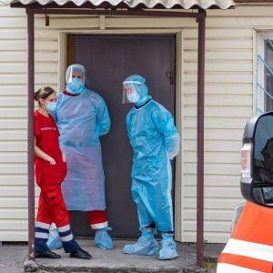 Коронавирус в Украине: количество новых случаев за сутки снизилось