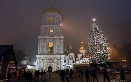 Сьогодні в Києві закривають новорічну ялинку – обіцяють виступи театралів із оперети та цирку