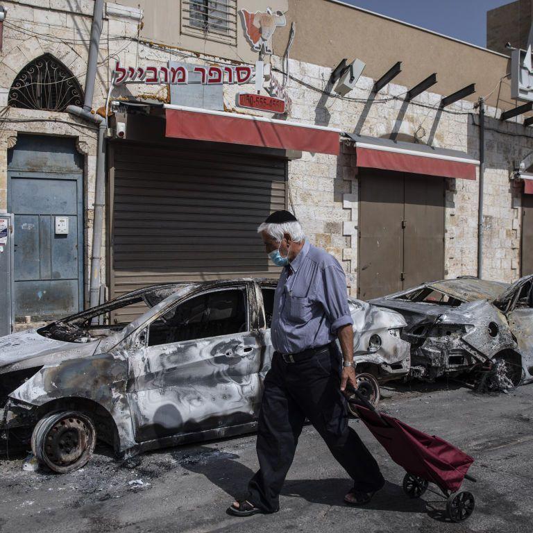 В израильских городах разворачивается гражданская война: сотни задержаны на неопределенный срок