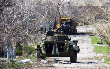 Бойовики розміновують шляхи для наступу, а з Росії на Донбас завозять вертольоти