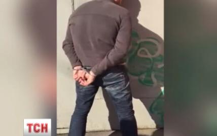 В столице задержали милиционера на взятке от иностранца