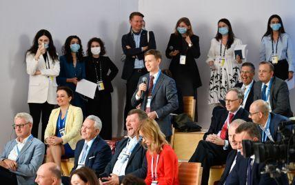 """""""Сложно, дешево и невыгодно"""": Зеленский ждет людей, которые готовы работать на государство за 30 тысяч грн"""