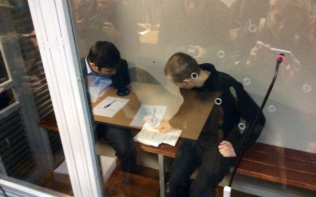 Россияне хотят скорейшего окончания процесса / © Фото Валентины Мудрык/ТСН