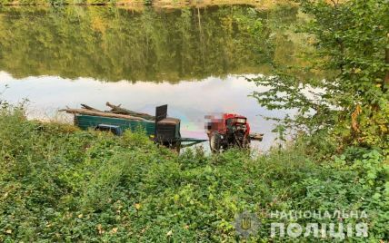 Съехал в водоем: в Винницкой области трагически погиб водитель мотоблока