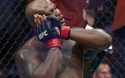 Американский боец UFC жестко нокаутировал россиянина, который отрекся от украинского гражданства (видео)