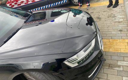 Зеленському, який перебуває у США, повідомили про обстріл автівки його першого помічника Шефіра