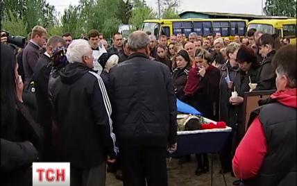 У Києві поховали загиблого кілька днів тому на Луганщині сапера 30-ї бригади