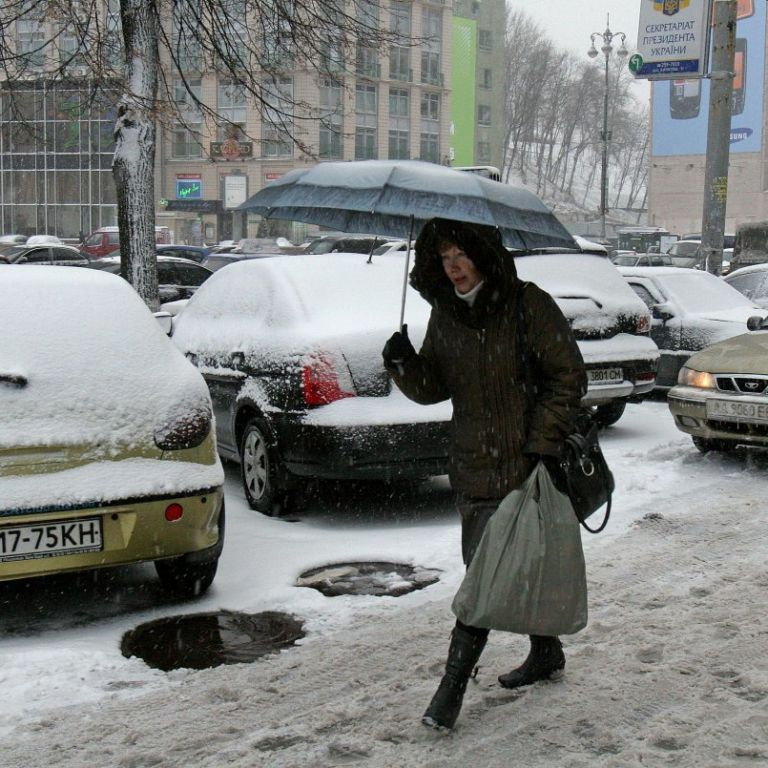 170 ДТП за час: в Киеве выпал первый снег