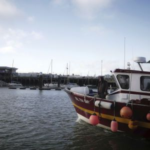 Великобритания направит корабли к острову Джерси из-за угроз Франции о блокаде