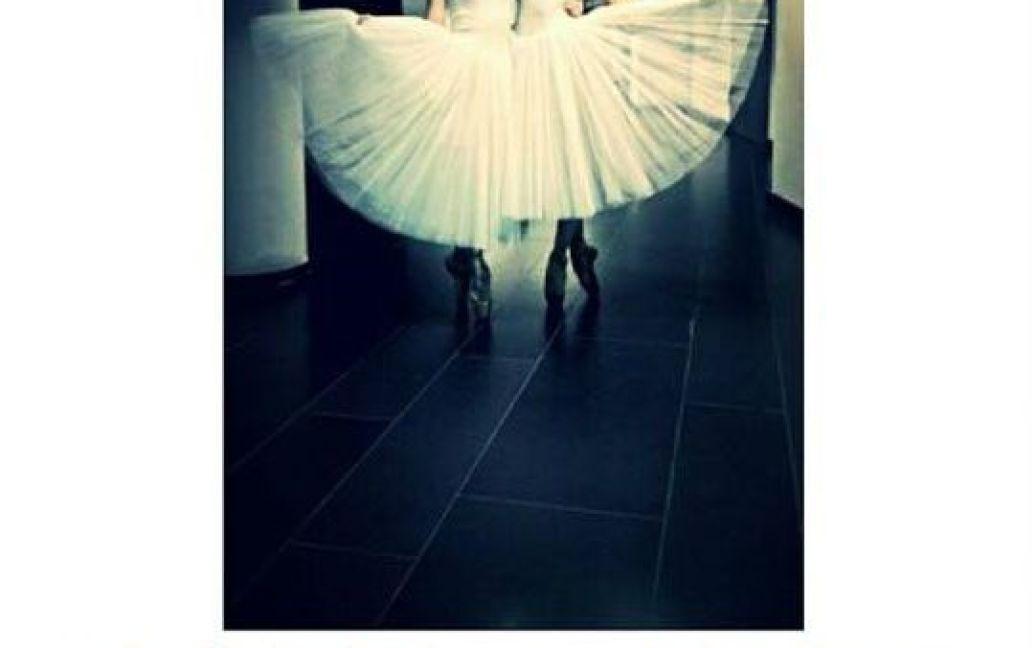 """Учасники весільного концерту  викладають фото з """"Олімпійського"""". / © Instagram"""