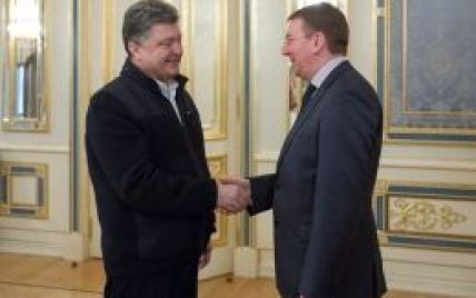 Порошенко сподівається, що Ризький саміт принесе українцям безвізовий режим