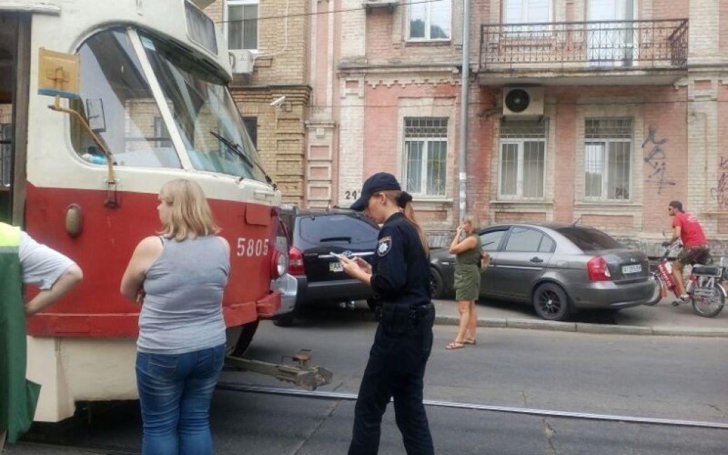Подробности ДТП выясняет полиция / © ТСН.ua
