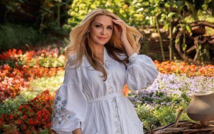 Борисюк подарував Сумській на ювілей розкішний букет троянд та розсмішив її привітанням