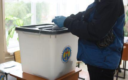 У Молдові стартували дострокові парламентські вибори: вже проголосували півмільйона людей