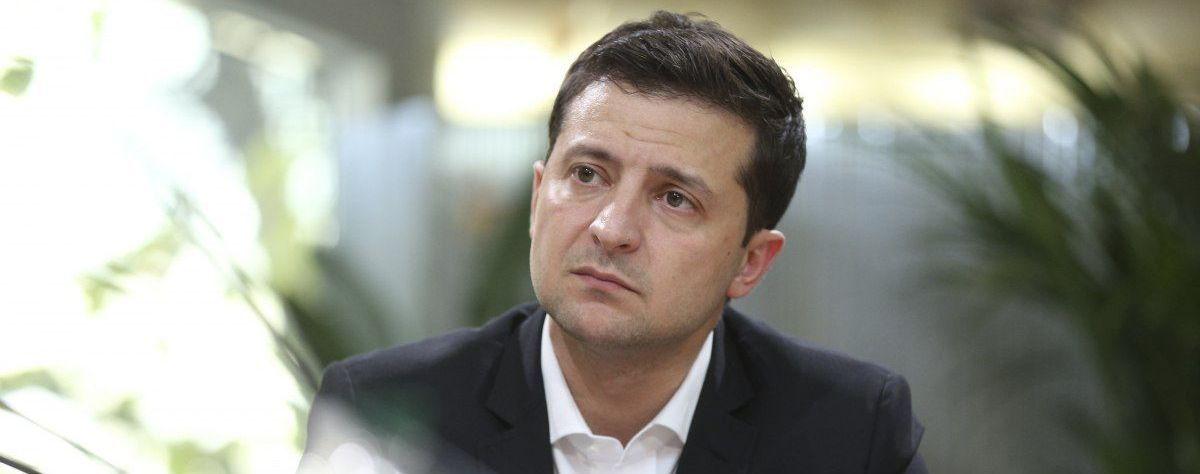 Зеленський пропонує пом'якшити для білорусів умови в'їзду до України