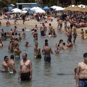 Греция открывается для туристов: позволят ли въезд украинцам