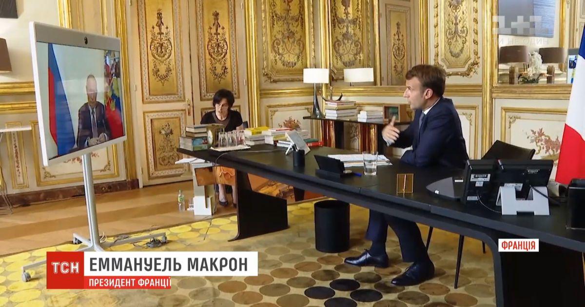 Макрон договорился с Путиным о рабочем визите в Россию