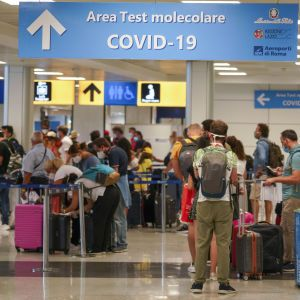 Євросоюз зняв обмеження на поїздки для туристів з COVID-сертифікатами