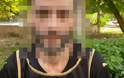 У Києві колишній засуджений пограбував водія таксі