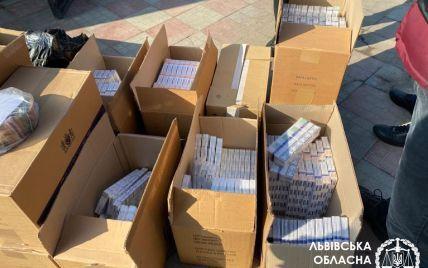 У Львівській області викрили склад контрафактних сигарет на 18 млн грн: фото