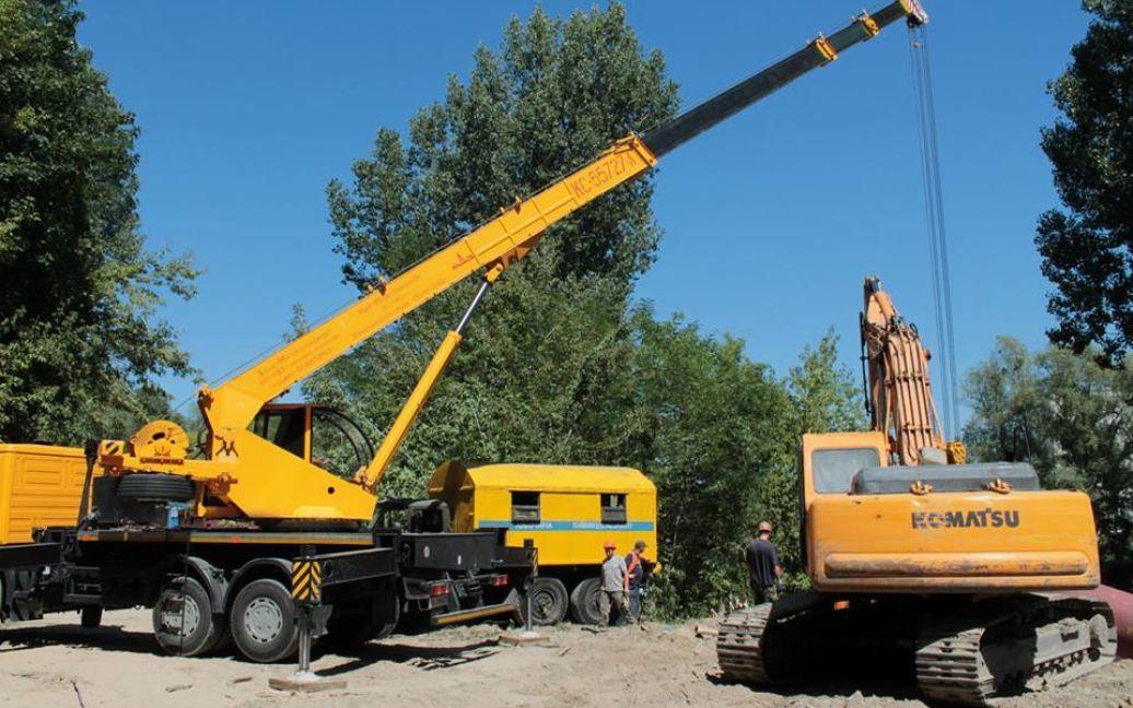 В Киеве продолжается ремонт коллектора / © Киевводоканал
