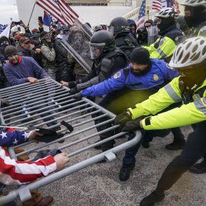 Масові заворушення у США: як відреагували світові лідери на протести у Вашингтоні