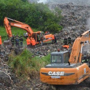 Експерт назвав попередні причини загибелі рятувальника на сміттєзвалищі під Львовом