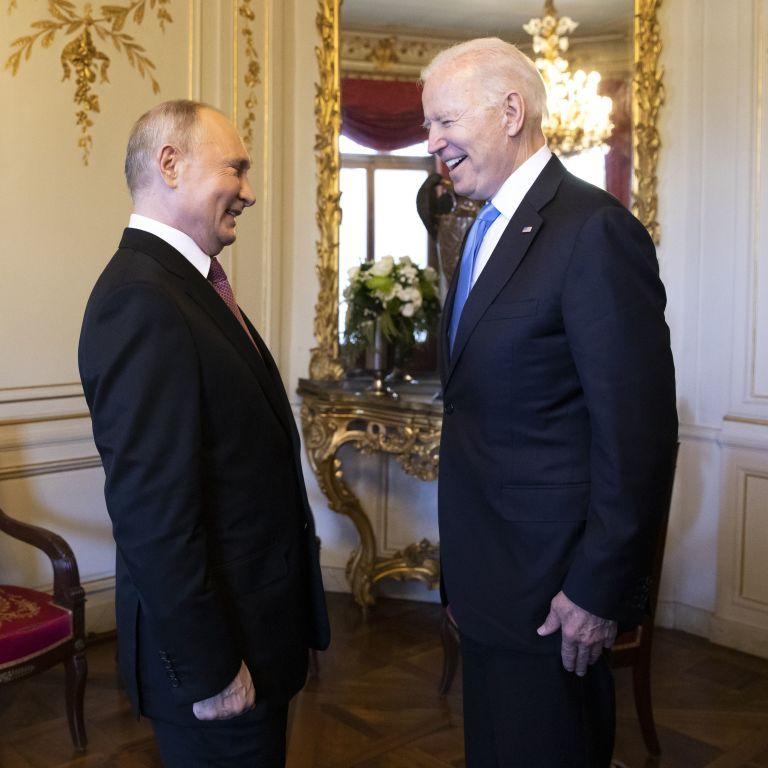 Байдена назвав професіоналом, а його речницю - вродливою: Путін поділився враженнями від саміту в Женеві