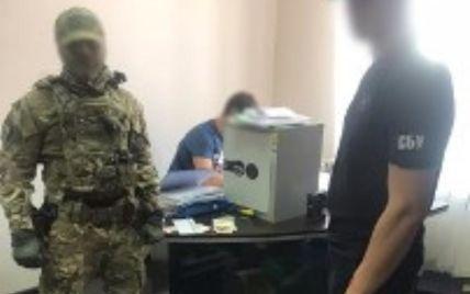 """У Дніпрі чиновників підозрюють у """"відкатах"""" на 130 млн гривень за піар мерії"""