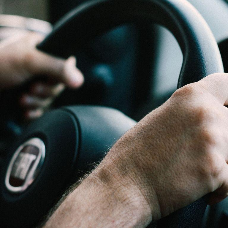 Водителям назвали существенный недостаток большинства современных автомобилей