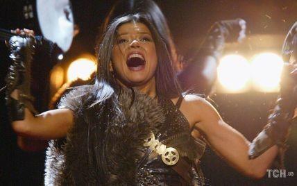 """Не погладшала ні на сантиметр: Руслана виступила у шкіряному вбранні, в якому перемогла на """"Євробаченні-2004"""""""