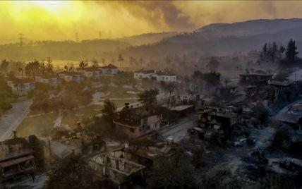 Стало відомо про перші жертви лісових пожеж у курортній Анталії: деталі