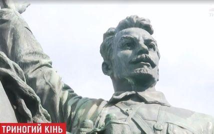 Изуродованный памятник Щорсу в Киеве предлагают переназвать, потому что для него позировал Кравчук