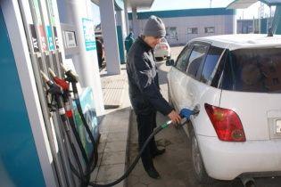 На АЗС поползли вверх цены на дизтопливо и газ для авто. Средняя стоимость топлива на 6 декабря