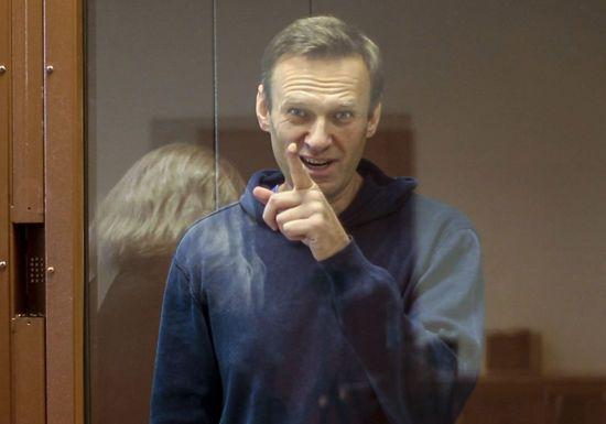"""""""Не самые лучшие условия для жизни"""": Путин прокомментировал дело Навального"""
