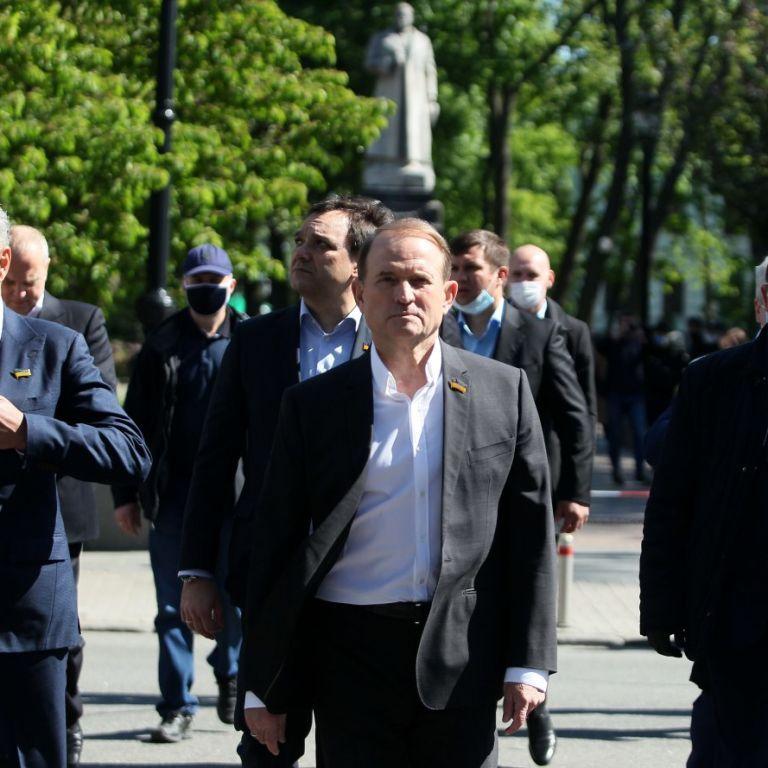 Прокурор просит два месяца ареста для Медведчука: ему грозит до 15 лет тюрьмы