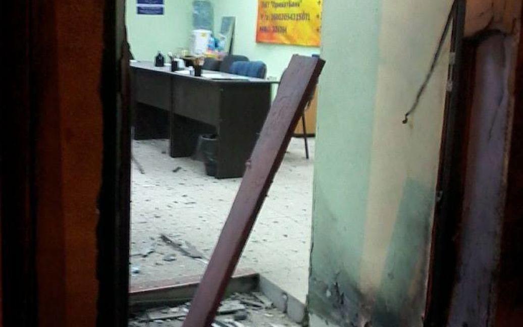 Друзки після вибуху розкидані в радіусі 13 метрів / © facebook.com/pages/Автомайдан-Одесса