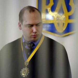 Голосіївський суд відмовився заарештовувати скандального суддю Вовка