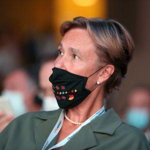 Пані посол Німеччини розповіла, коли для українців відновляться поїздки за безвізом